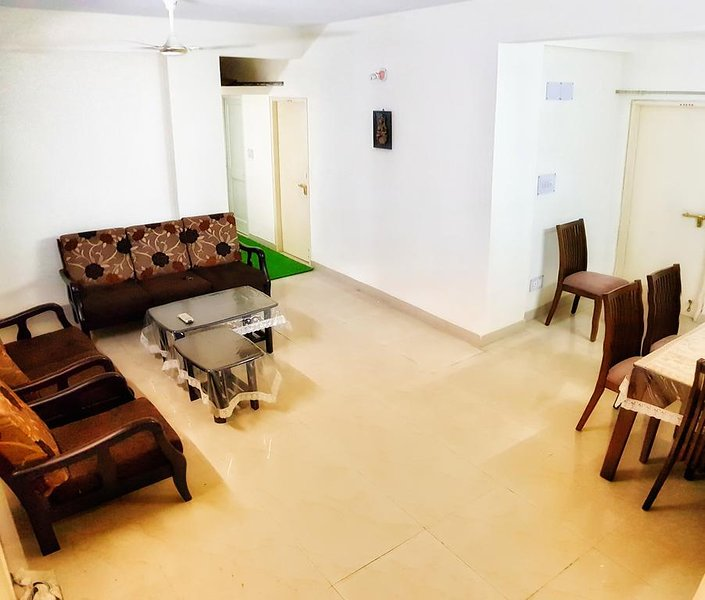 Lavish 3 Bedroom Suite, holiday rental in Kolkata (Calcutta)