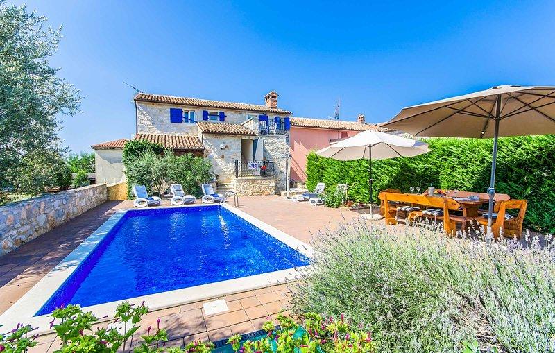 Villa Meri, holiday rental in Veleniki