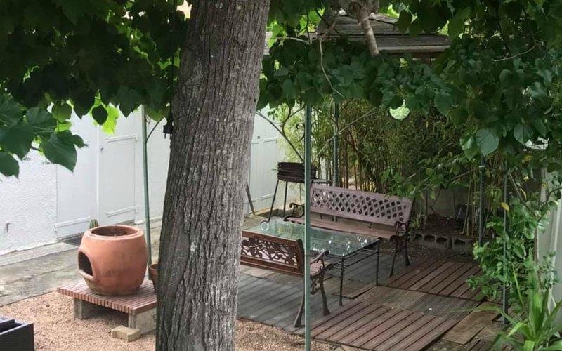 Villa F4 rénovée et spacieuse 90 m2 avec Jardin, vacation rental in Mezzavia