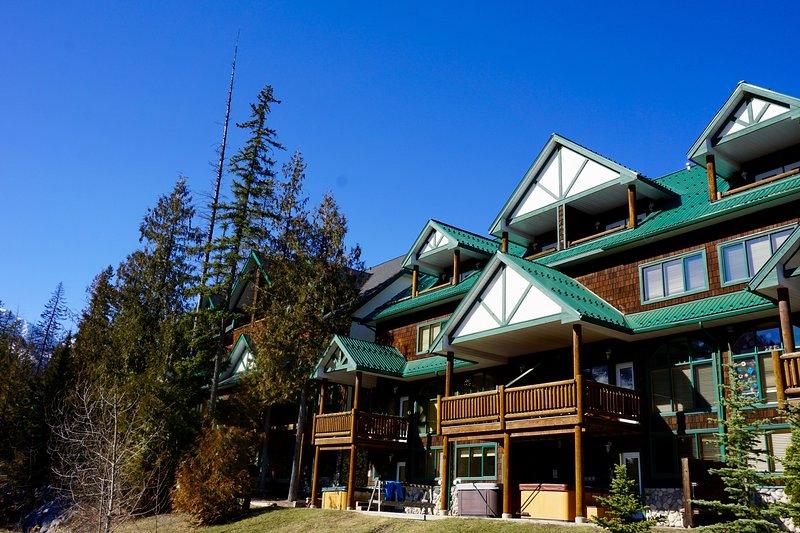 Cedar Ridge Estates   Ski In and 5 Minute Walk to the Lifts