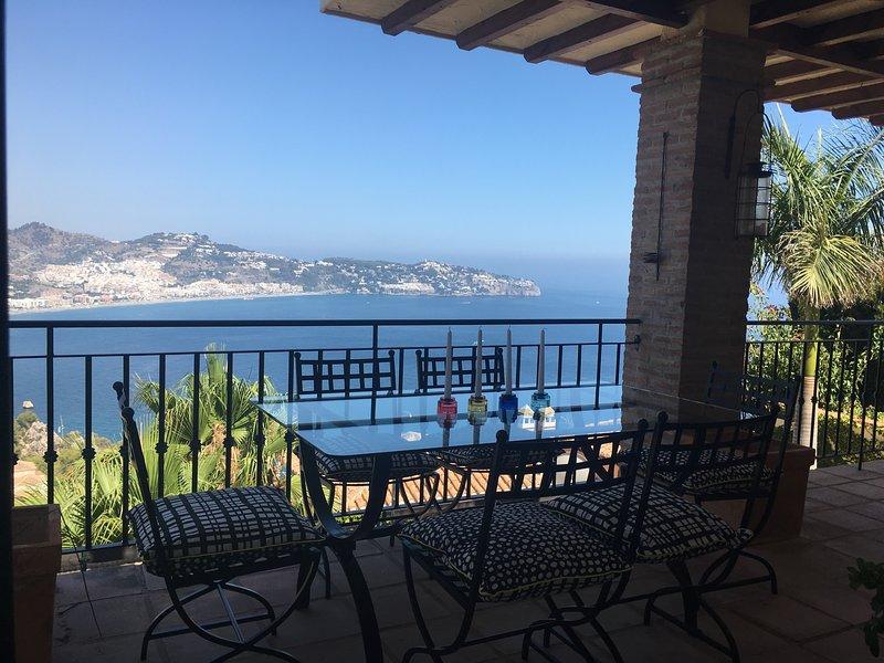 Casa Roux, alquiler de vacaciones en La Herradura