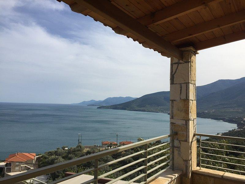 Beachfront Luxury Villa Nafplio, Kiveri, vacation rental in Paralio Astros