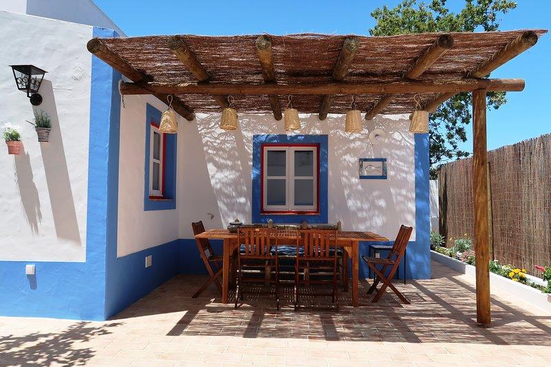 Casa do Limoeiro: Amazing House in Montes de Alvor, location de vacances à Poio
