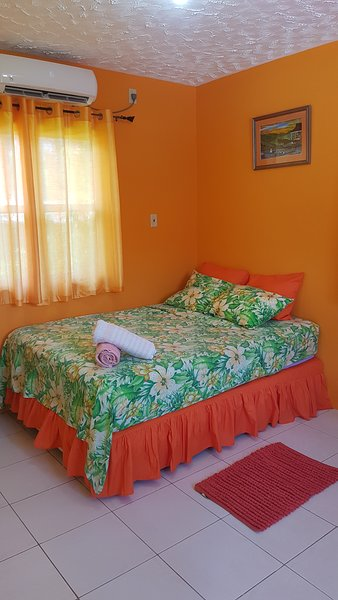 Rainforest Room, holiday rental in Buccoo