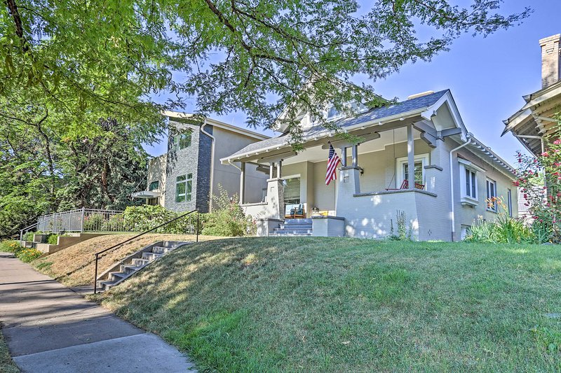 Find this home near the best of Denver's nightlife, restaurants and more!