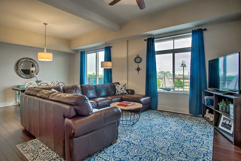 Experience Grand Haven in style at this vacation rental condo!
