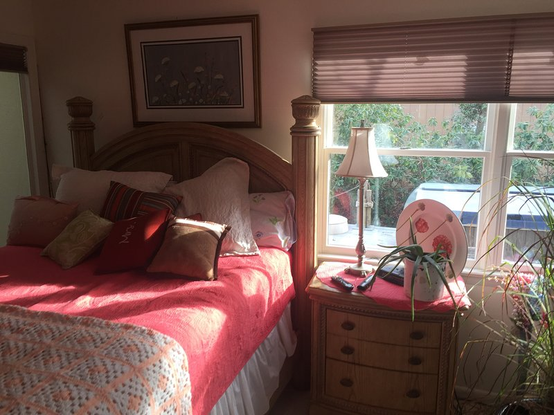 3 Br up all with water view balcony and on suites