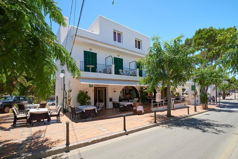 HOSTAL TALAMANCA HAB. INDIVIDUAL - Property for 1 people in Cala D'Or Chalet in Cala d'Or