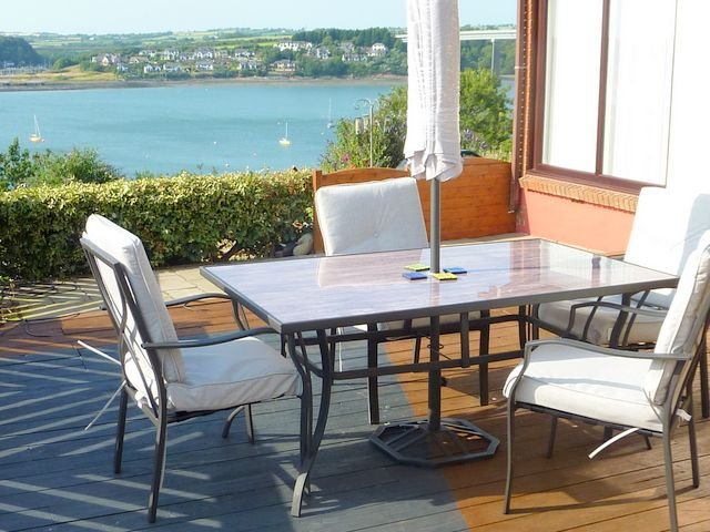 SEA HAZE  IN      BEAUTIFUL PEMBROKESHIRE, holiday rental in Pembroke Dock