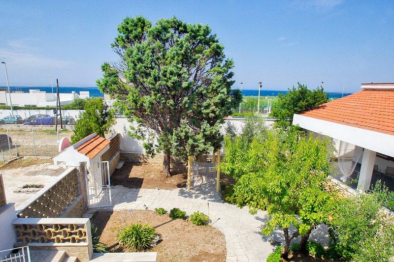 Villa al mare B&B, vacation rental in Giovinazzo