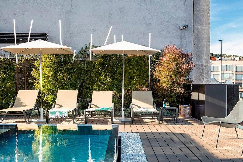 Luxury Apartment 4 bedrooms Principal 1, vacation rental in Barcelona