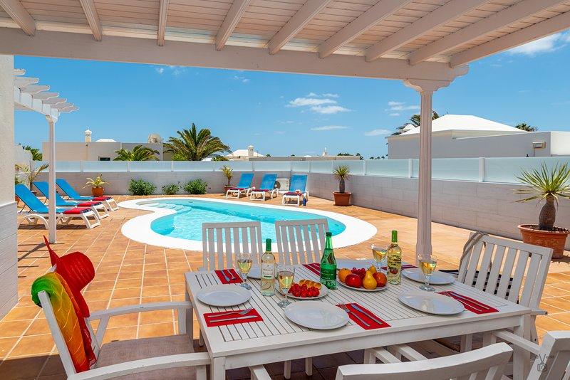 Villa Joanna, location de vacances à Puerto Del Carmen