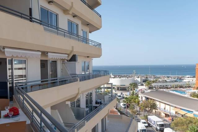 Costa Adeje Large 2 Bedroom Apt with Sea Views, vacation rental in Playa de Fanabe