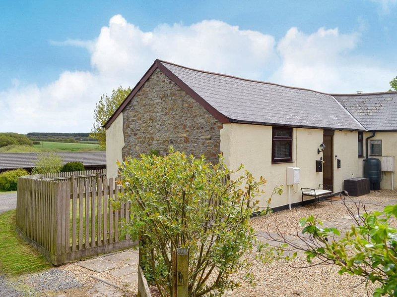Birdsong Cottage, holiday rental in Bucks Cross