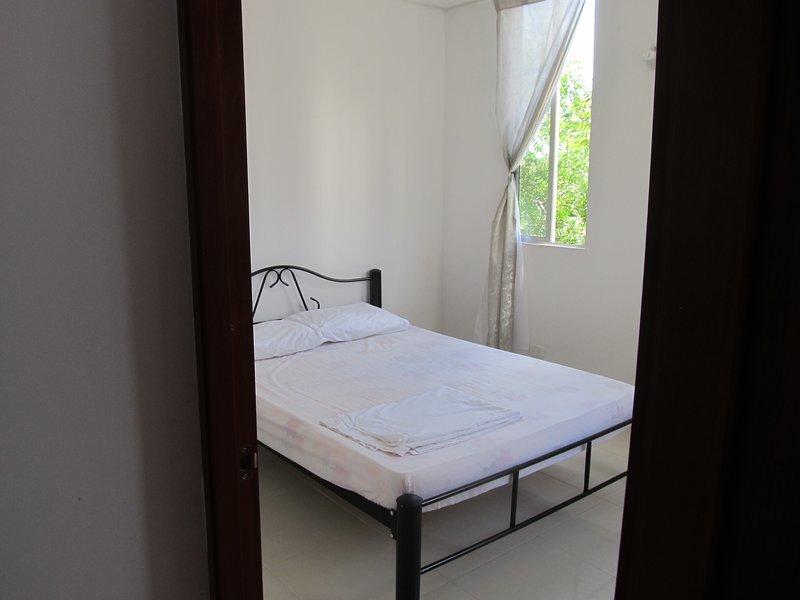Apartamento para el Descanso con Piscina, a 1Km del Aeropuerto Santiago Vila, aluguéis de temporada em Espinal