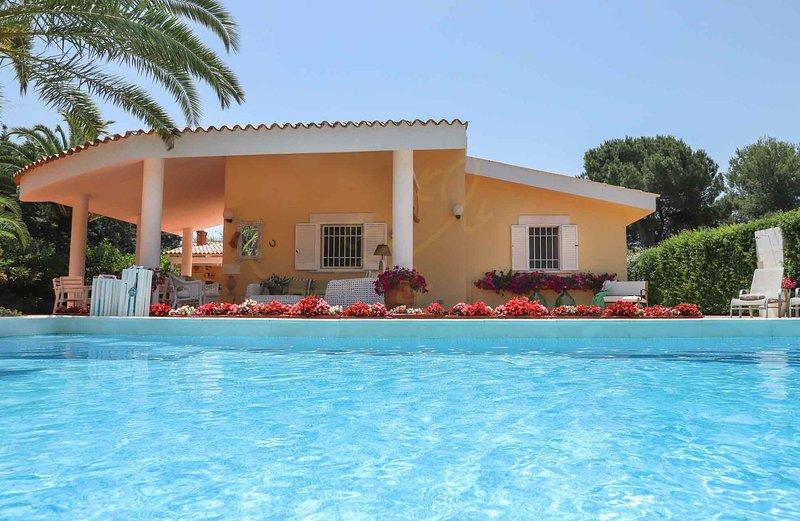 VILLA MARINESCA, holiday rental in Polignano a Mare