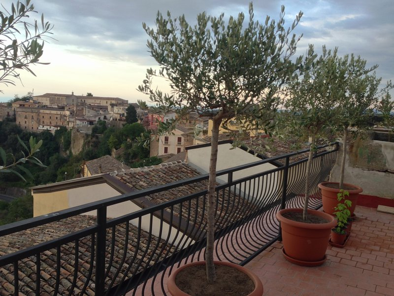 Beautiful house with sea view, vacation rental in Corigliano-Rossano