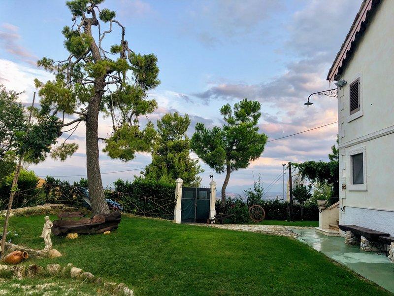 Casale Fonte delle Pietre, Offida, holiday rental in Province of Ascoli Piceno