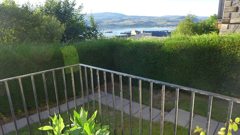 Loch Linnhe View, vacation rental in Torlundy