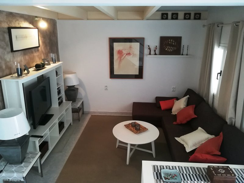CAN BLAU, 10meters to the beach in Porto Cristo, vacation rental in Cala Mandia