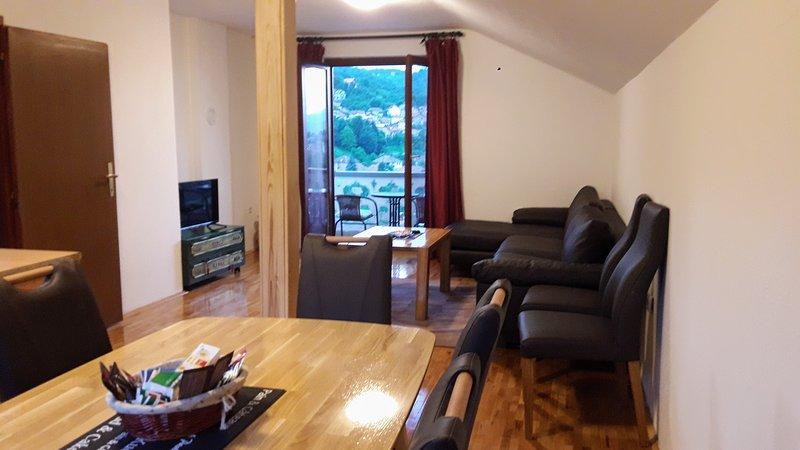 2 BR.Apt.Garden&Balcony-The best view&TOP location!, holiday rental in Ilijas