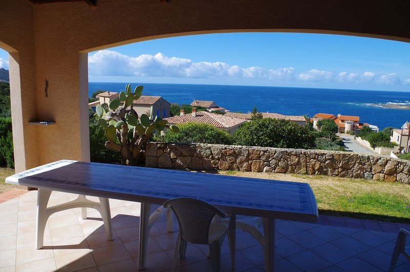 Amazing house for 12 holidaymakers, vacation rental in Sartene