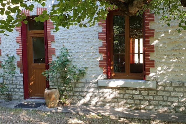 Big house with garden & Wifi, vakantiewoning in Selles-sur-Cher
