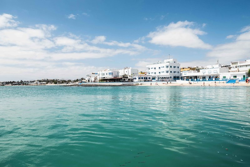 Corralejo beach, ideal for water sports, such as sailing or SUP