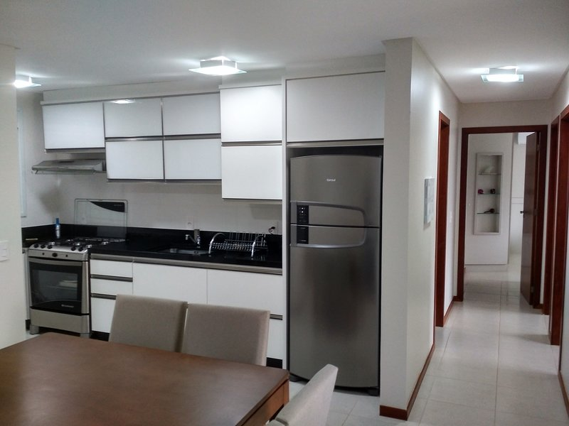 Apartment at Florianopolis - Praia Acores, vacation rental in Pantano do Sul