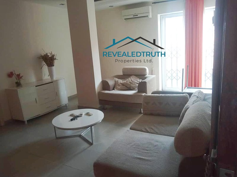 Labone Fully Furnished Apartment For Rent, vacation rental in Accra