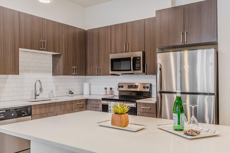 Magnolia Lux Condos 2bd / 2ba 4, holiday rental in Fort Worth