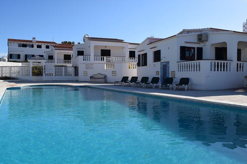 4 Ses Casetes, Arenal d'en Castell, Menorca, holiday rental in Cala d'Alcaufar