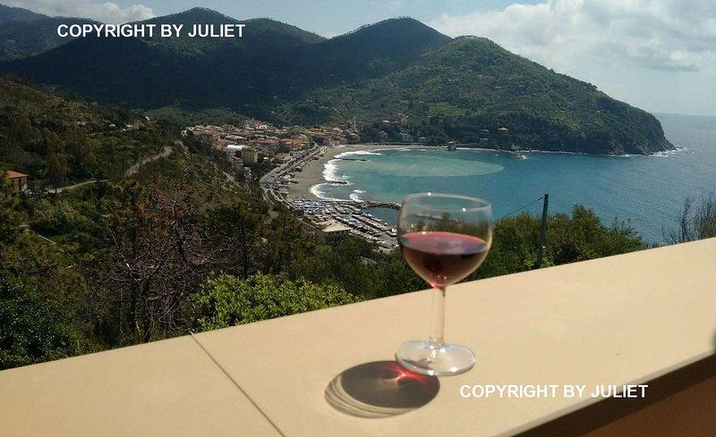 Juliet & Romeo con vista sulla baia  di Levanto, location de vacances à Levanto
