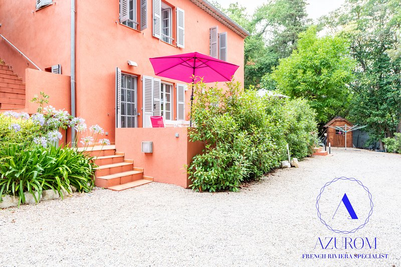 Peaceful Haven by Golf, 5 min to Beach- AC-Studio, location de vacances à Biot