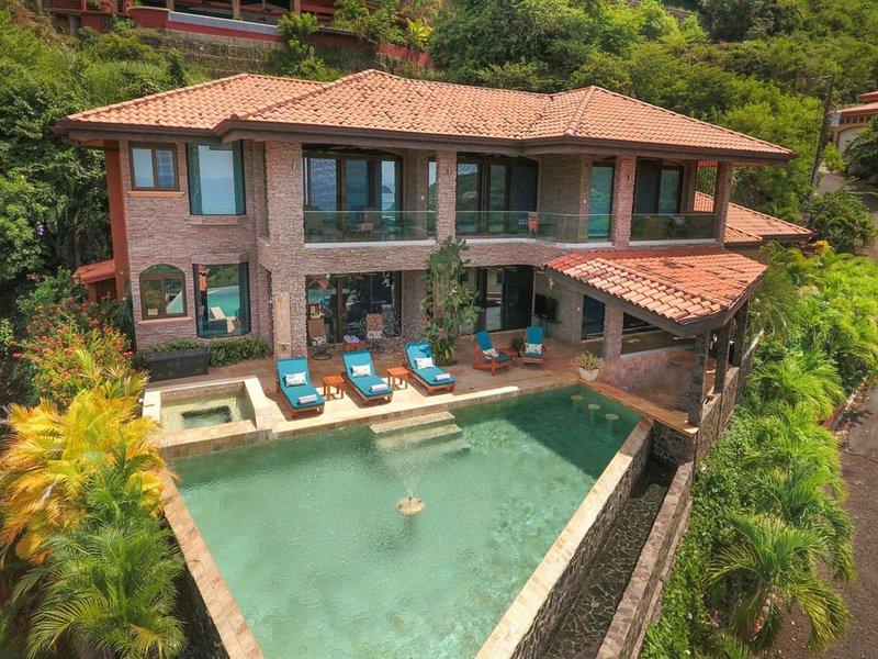 3 Bedroom Luxury Ocean View Home with Infinity Pool & Bar!! Casa de los Sueños, holiday rental in Panama