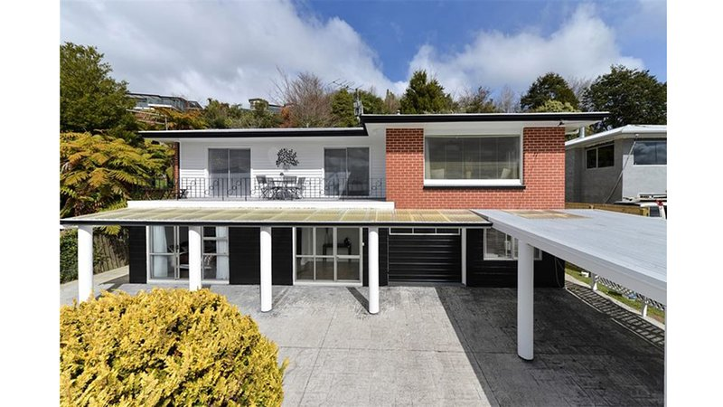 Hillside Heaven Quiet & Comfortable, vacation rental in Rotorua