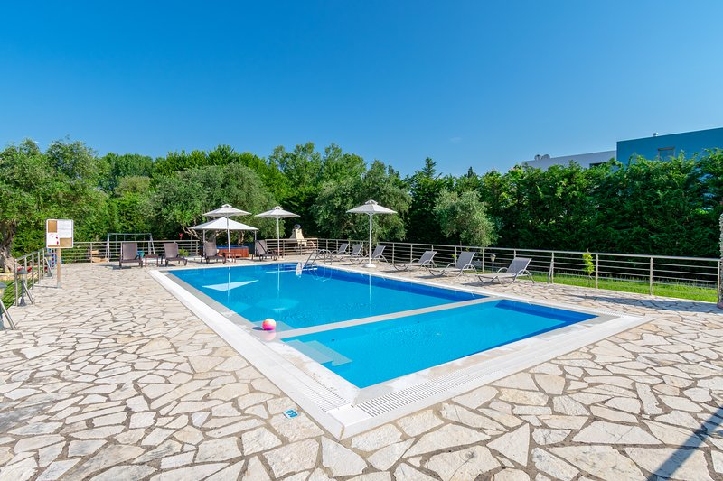 Villa Rosa 1 , Dassia , Corfu, holiday rental in Limni