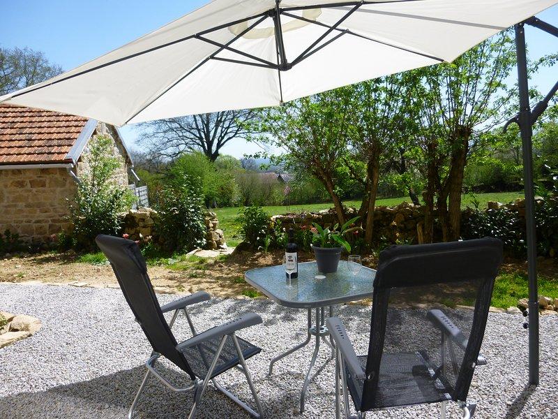 Chambre d'Amis: Gîte de La-Konnet  Creuse. Voor Rust, Ruimte en Natuur., alquiler vacacional en Charensat