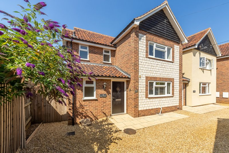 Little Bunting, holiday rental in Heacham