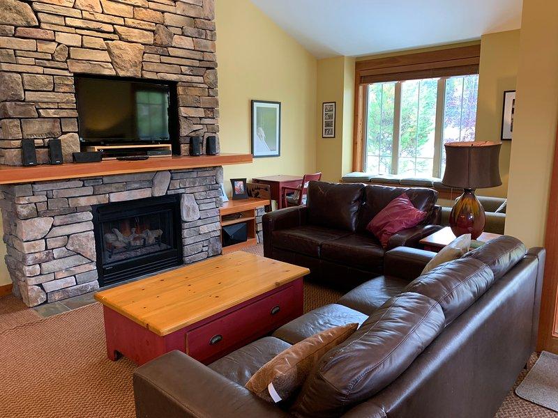 Pinnacle Ridge   Votre prochaine maison de vacances   5 minutes en voiture du resort et de Fernie