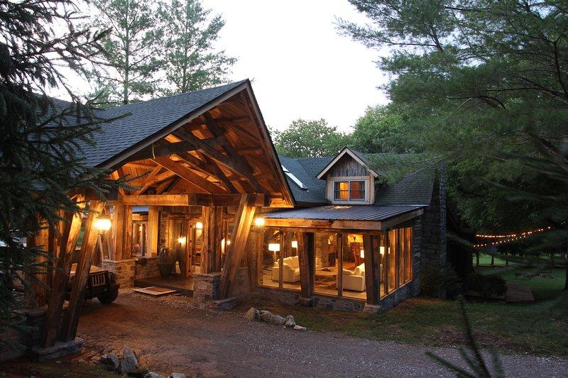 The Cottage at Dark Horse Recording Estate, casa vacanza a Leiper's Fork