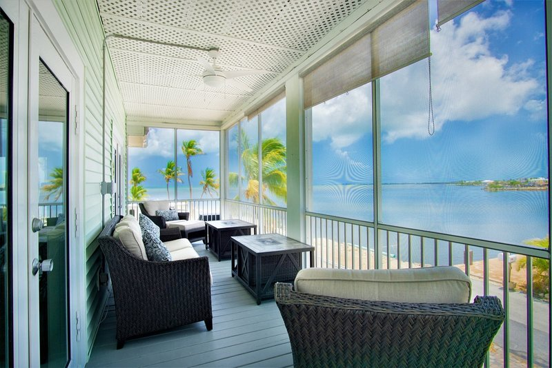 Waves of the Sea,A True Marathon Gem!! is a Ocean View Home with Dock & Cabana C, holiday rental in Grassy Key