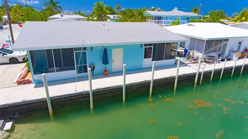 Reel Therapy 4  - 1bed/1bath updated half duplex w/ 20` dockage no Trailer Parki, casa vacanza a Grassy Key