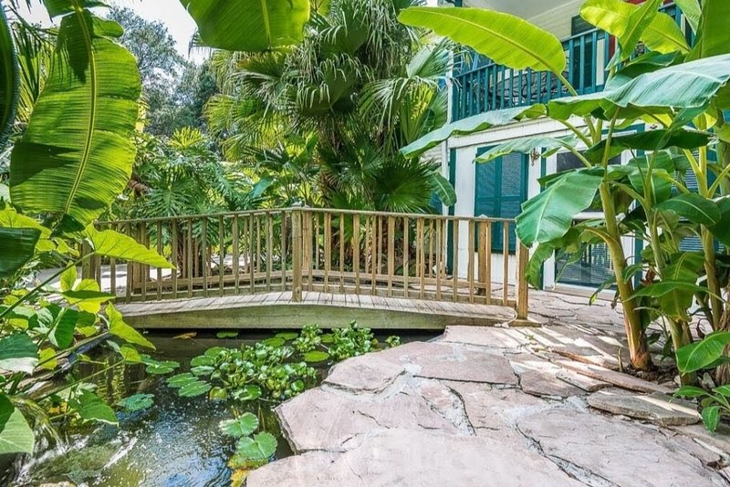 Tropical Oasis by the Bay, vacation rental in La Porte
