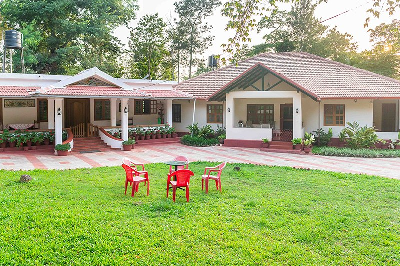 The Cottage Homestay by Vista Rooms, holiday rental in Madikeri Taluk