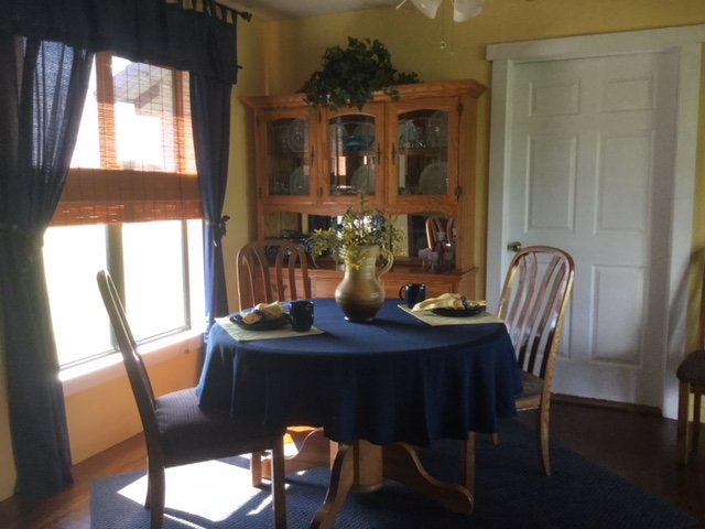 Newly remodeled Fram House, holiday rental in Hamilton