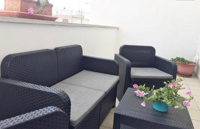 Accogliente appartamento al mare, holiday rental in Villaggio Boncore