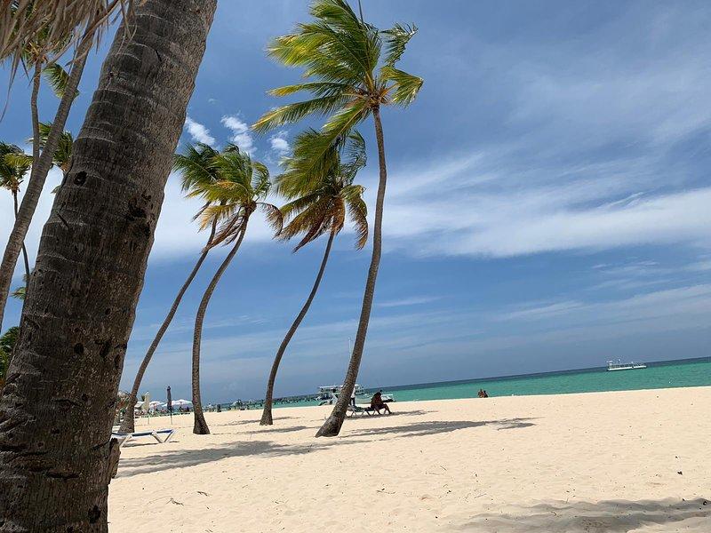 Belles plages de sable blanc (Playa blanca 15 km)