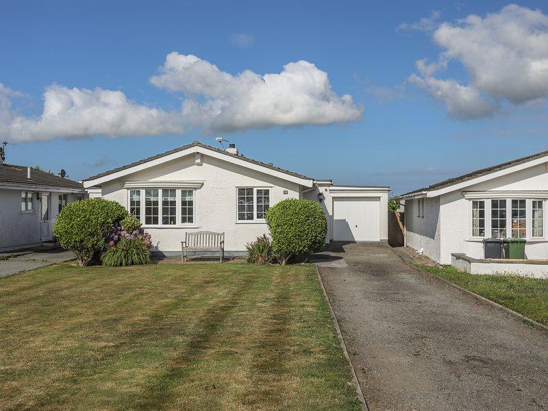 Cwtch Cottage, Rhosneigr, location de vacances à Llanfaelog