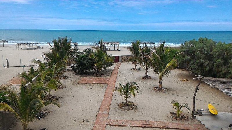 Beach house in Playa Huacura, Zorritos - Tumbes, vacation rental in Cancas